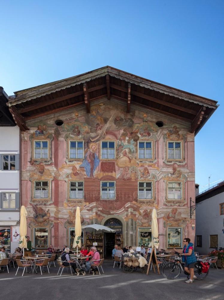 Germany Castles and Cuckoo Clocks
